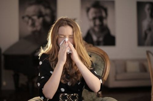 Causas del estornudo